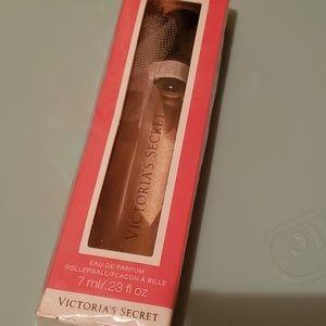 Victoria's Secret Love Is Heavenly